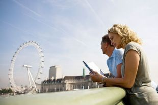 Couple nearer London Eye image
